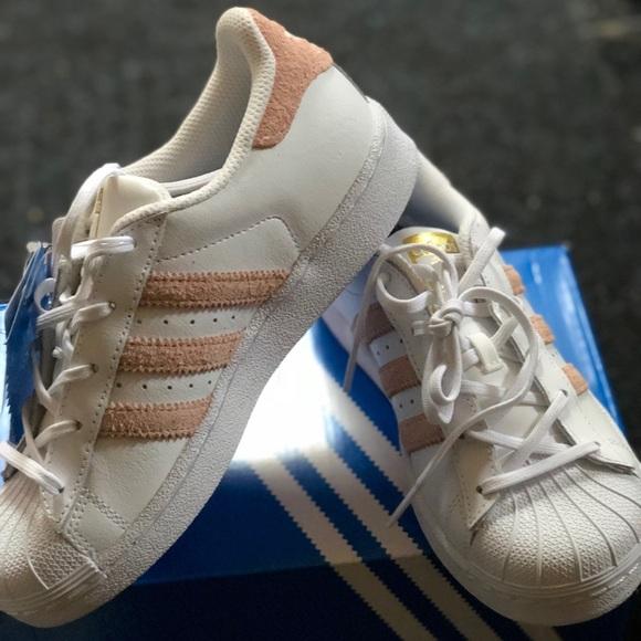 Poshmark Superstar meisjes maat Adidas 2 schoenen voor x1TRRqHn